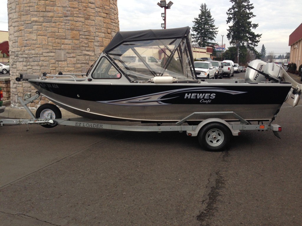 Hewes Craft Custom Boat Wrap by Coho Design